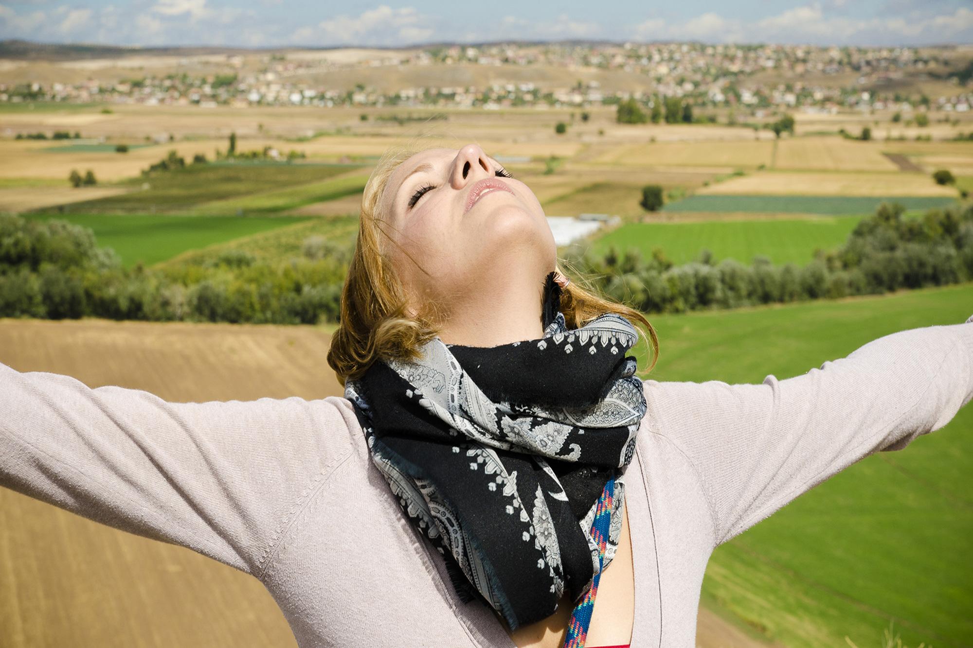 Read more about the article 3 Steps wie Du Dein stressiges Leben leicher, bunter & fröhlicher machst